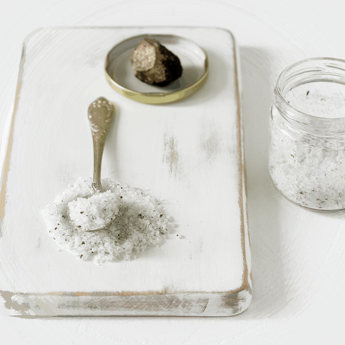 What is Truffle Salt, Real Truffle Salt, Black Truffle Salt, What is Truffle Salt Made of, How long does Truffle Salt last